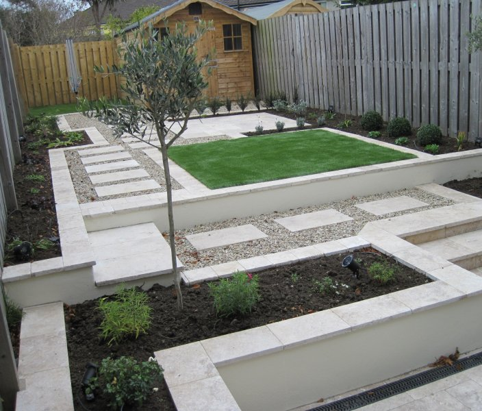 small narrow garden design - Small Garden Design Examples