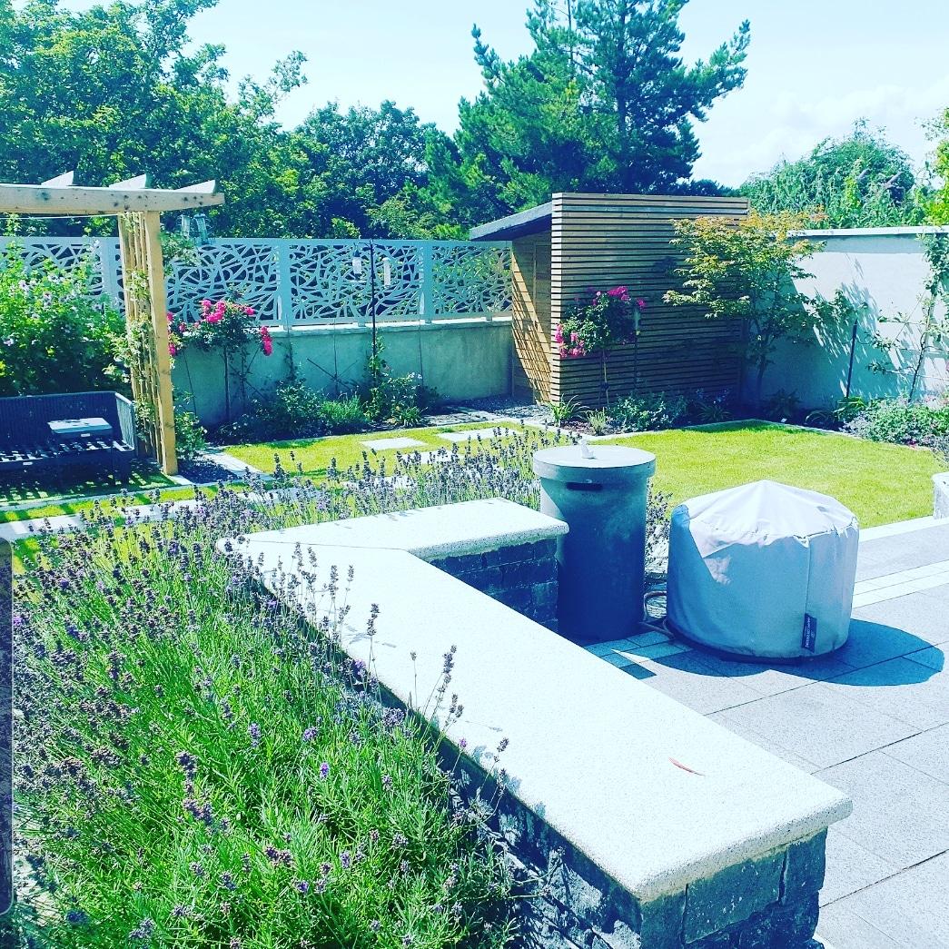 Lovely Relaxing Garden Design