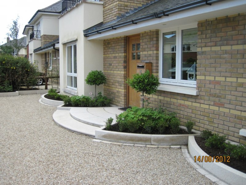 Front Garden with Kerb Appeal