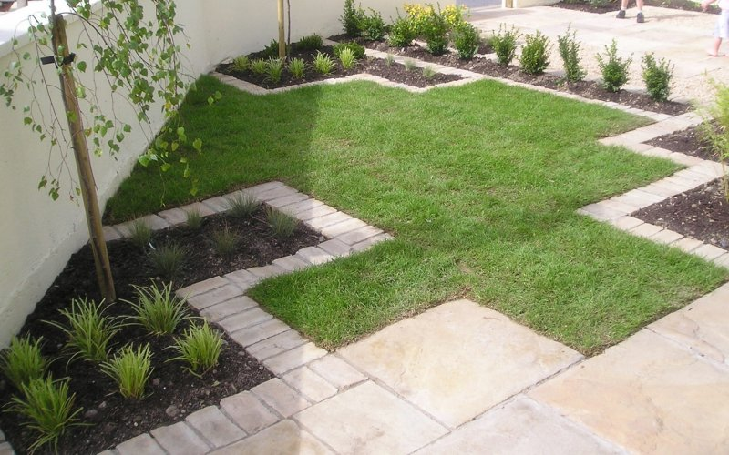 Stylish Front Garden