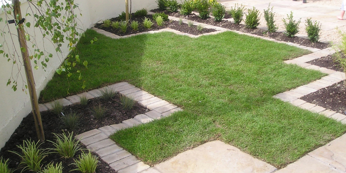 Stylish front garden designs by garden design dublin for Garden design dublin