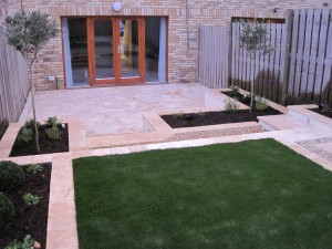 Small narrow garden design