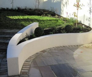 Supporting Plastered Curving Garden Wall