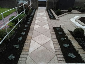 Diamond Pattern Granite Garden Path